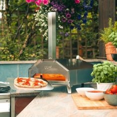 Ooni Pro Pizza Oven - Love Pizza? Have it cooked in 60 seconds!